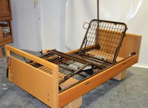 E4-elektricky-polohovaci-postel-WIiessner-Bosserhoff